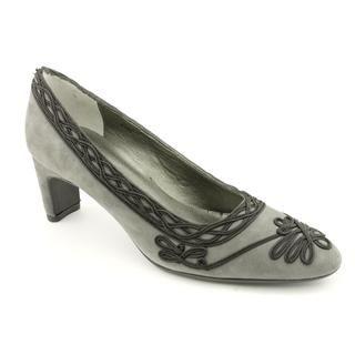 Vaneli Womens Daylan Regular Suede Dress Shoes Narrow