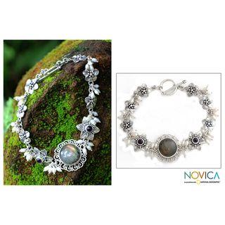 Sterling Silver Angelic Pearl Gemstone Bracelet (Indonesia
