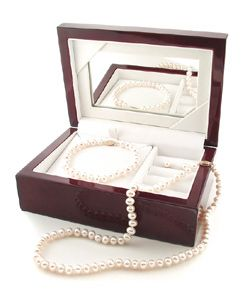Freshwater Pearl 3 piece Set with Plush Box (Set of 3)