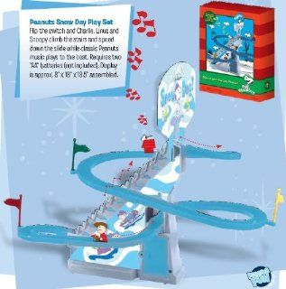 Peanuts Snoopys Snow Day Automatic Sled Run Music