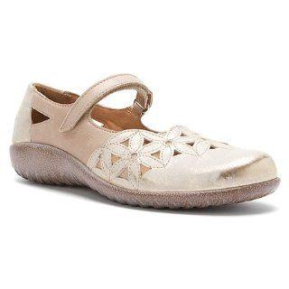 Naot Toatoa   Womens Mary Jane Flats, Silver Shoes