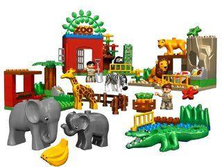 DUPLO LEGO Ville Friendly Zoo (4968) oys & Games