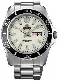 Orient #EM75005R Mens Stainless Steel Luminous Dial Mako XL 200M