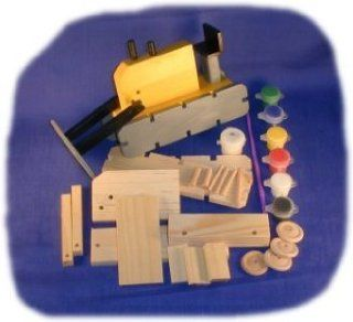 Tractor Wood Craft Kit with Paint, Glue and Brush: Toys