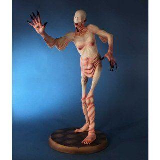 Pans Labyrinth Pale Man SDCC 2012 Exclusive Statue Toys