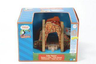 RC2 99377   Thomas Echotunnel elektrisch Spielzeug