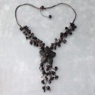 Onyx Stone Flower Cluster Necklace (Thailand)