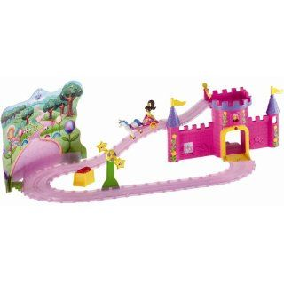 28501   Learning Curve   Nick   Take Along Dora   Dora Schloss Set