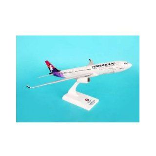 Skymarks Hawaiian Airlines A330 200 Model Airplane