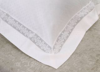 Frette Lace Ivory 600 Thread Count o Sham
