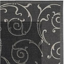 Indoor/ Outdoor Oasis Black/ Sand Rug (710 Square)