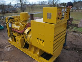 150 KW Caterpillar Diesel Generator Cat 3208 Engine