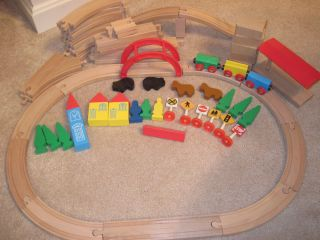 Thomas The Tank Engine Wooden Train Toy 68 Pc LOT Tracks Traffic Signs
