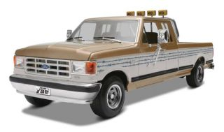 New Monogram Ford F 250 Super Duty Pickup Truck Plastic Model Kit
