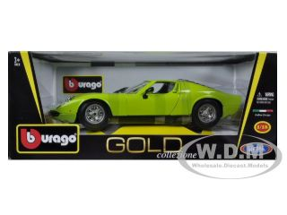 Brand new 1:18 scale diecast model car of 1968 Lamborghini Miura Green